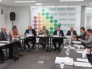 COFEM defende revogação de decretos que elevam carga tributária