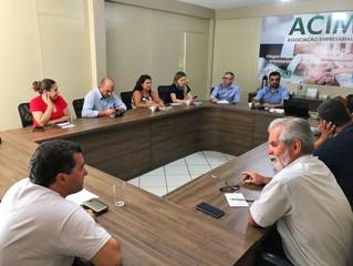 ACIM Comex e Prefeitura buscam solucionar divergências sobre taxas portuárias