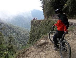Route de la mort en VTT Bolivie depuis la Paz