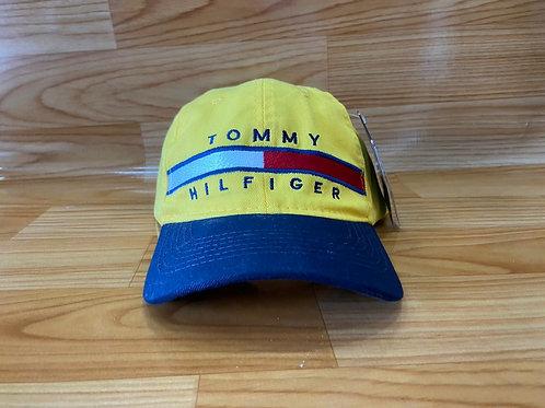 Boné Tommy 3 por R$ 100,00