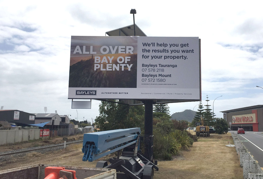 billboard signs Mount Maunganui