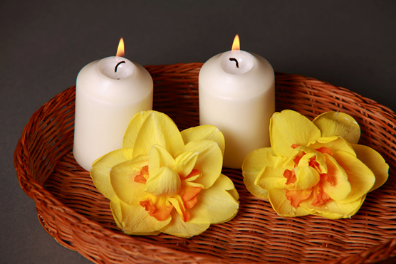 candles used in a deep tissue massage