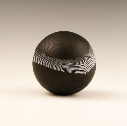 sphere noir bande BW.jpg