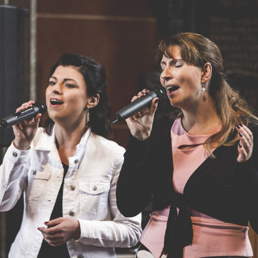 Katharina & Manuela