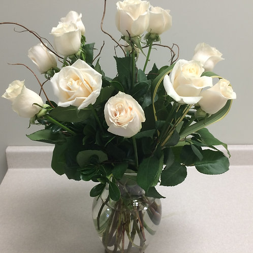 Vase of 12 Roses