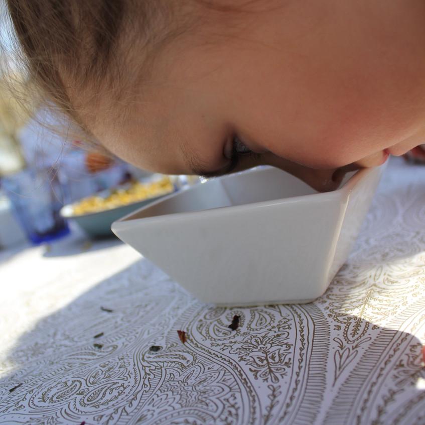 Smelling the teas