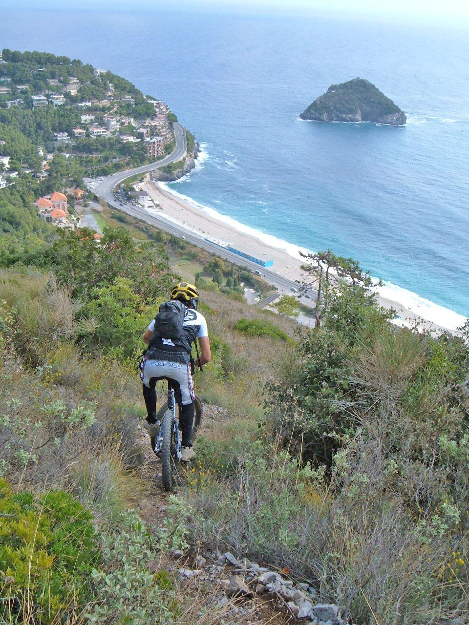 Biker sulle colline
