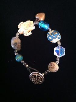 Facebook - A healing bracelet for a friend in need