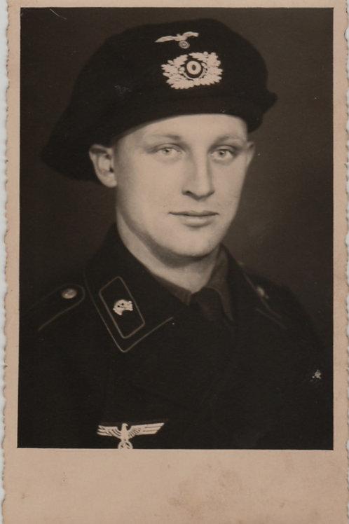 Portrait Panzer Crew Member Black Panzer Beret in wear