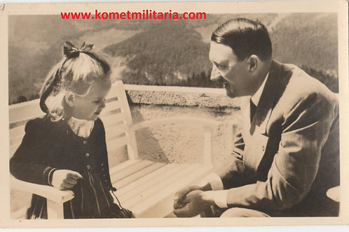 Postcard/Postkarte Adolf Hitler und Helga Goebbels Berchtesgaden