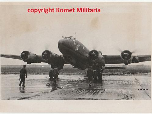 Original Period Press Picture Focke Wulf-Kampfgeschwader 40