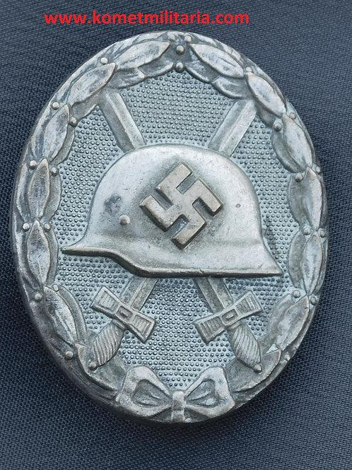 Verwundetenabzeichen Silber-unmarkiert/unmarked, Buntmetall