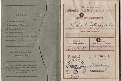 Wehrpass+extra paperwork Obergrenadier Grenadier Rgt. 194 Ancona, Italy 1944