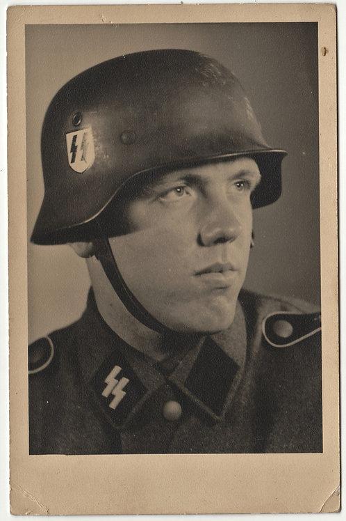 SS Portrait LSSAH with helmet in wear