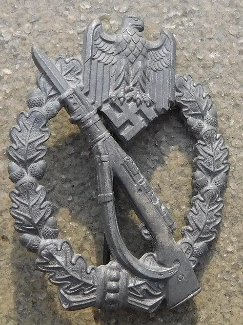 Infantry Assault badge in Zink