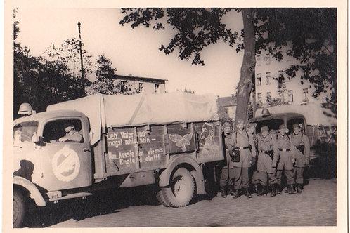Fallschirmjäger Infanterie (FIK) with truck picture