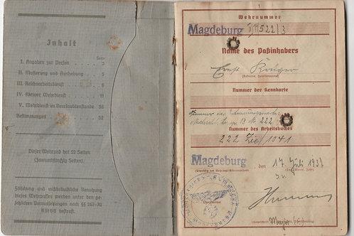 Wehrpass Pioneer Feldwebel Krüger,Panzernahbekämpfung Angers, gefallen 1944