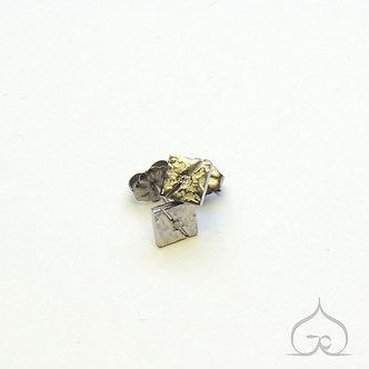 clous d'oreilles titane & diamant