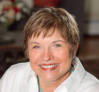 Cozy mystery and crme novel author Donna Huston Murray
