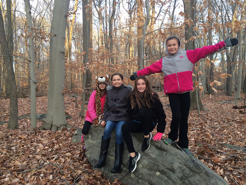 4th grade friends enjoying the local geology!