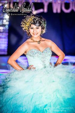 esmeraldarunway11.jpg