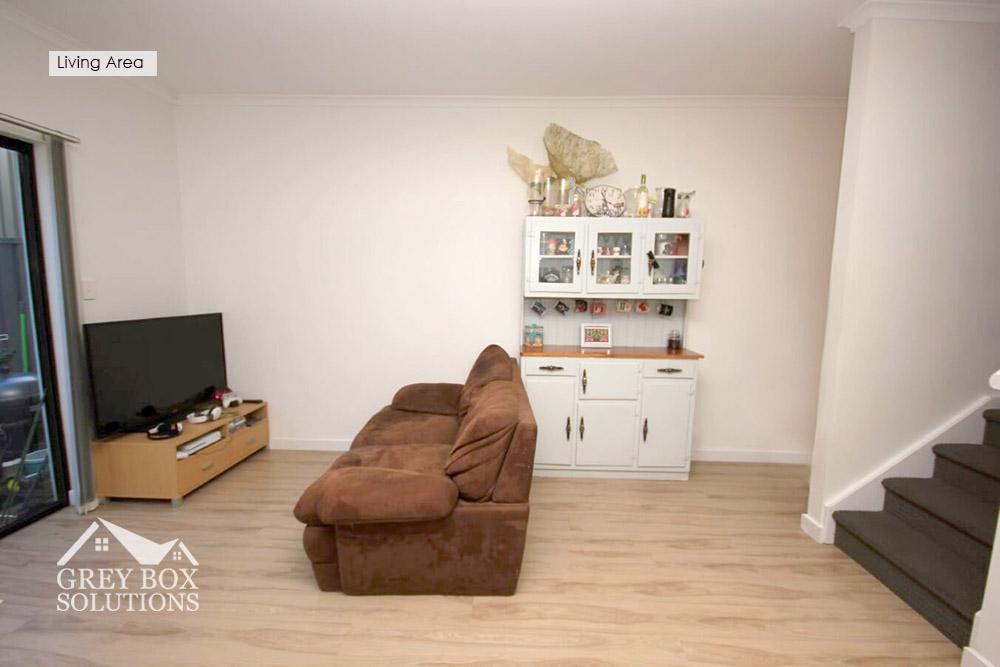 4 Living Area