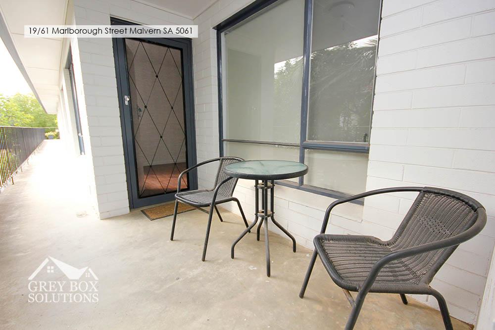 6 Front Porch