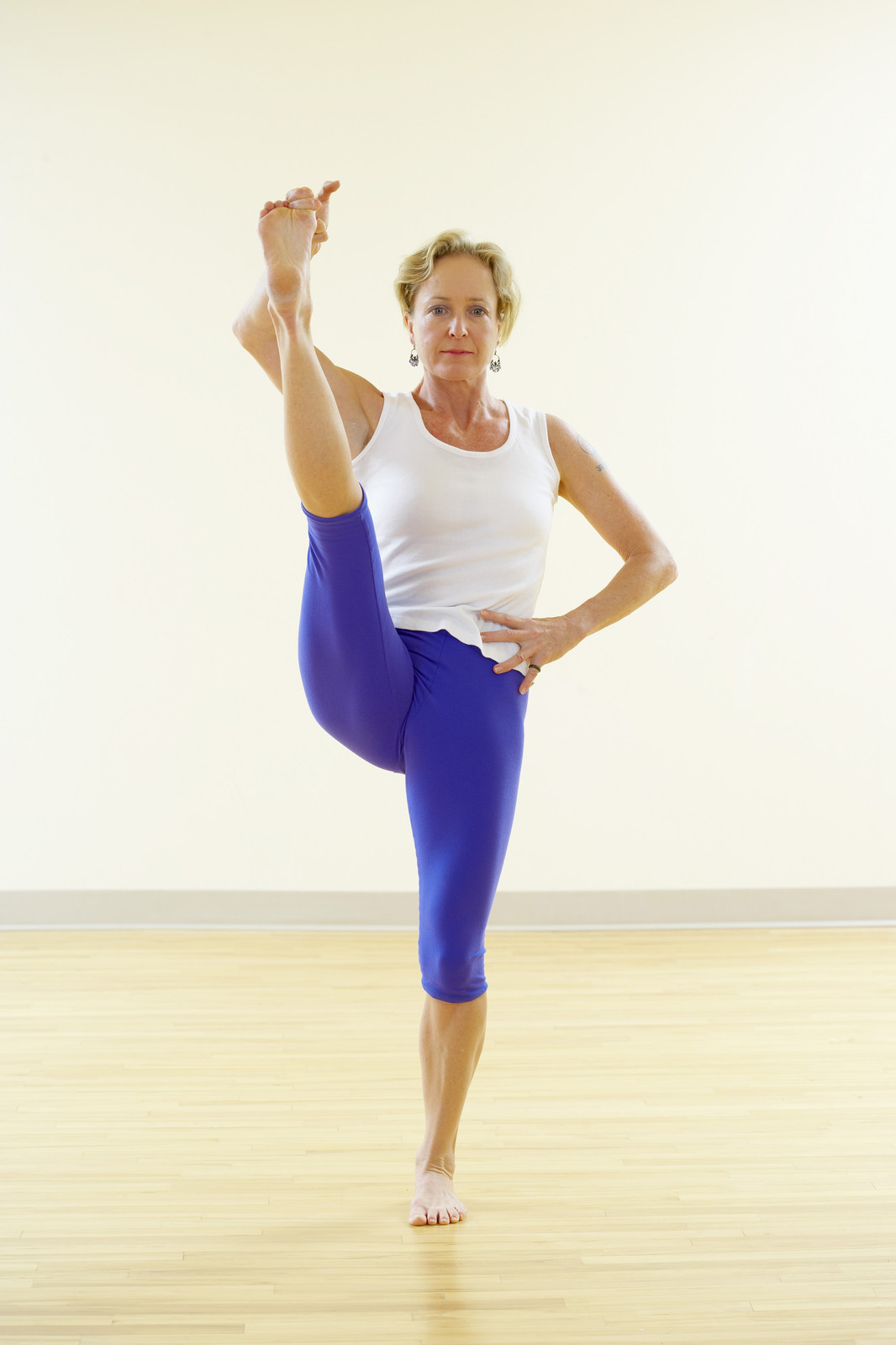 utthita hasta padangusthasana | Moving To Stillness, BJ ...