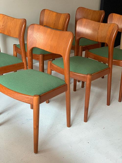 Niels Koefoed vintage Deense eetkamerstoelen Hornslet stoelen