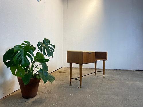 Patijn sideboard/ side table uit de Poly-Z serie