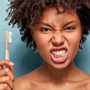 Bruxismul: cauze, simptome si tratament. Intrebari despre scrasnitul dintilor
