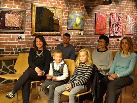 Výstava Pavly Novákové s názvem Obrazy s duší v  Holos Centru