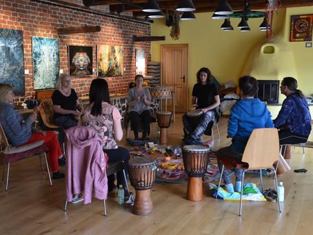 Fotky z Muzicírování v Holosu