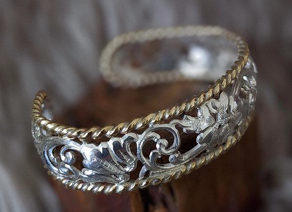 The Sculpted Bracelet