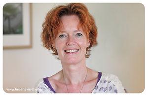 Juul van der Veen -healing en therapie-p