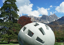 Skulptur Globo Uovo