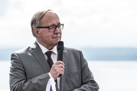 Alt Bundesrat Samuel Schmid Vernissage Globo Uovo