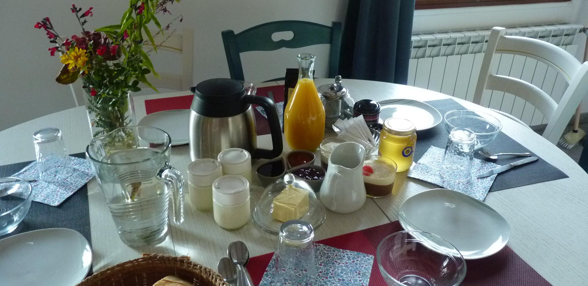 petit déjeuner en intérieur