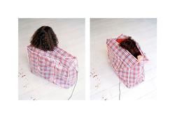 Bag: Close  2002 - 2004  c-print 100x82cm 2x