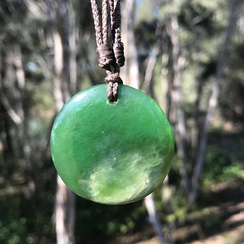 Circle pendant (Russian jade)
