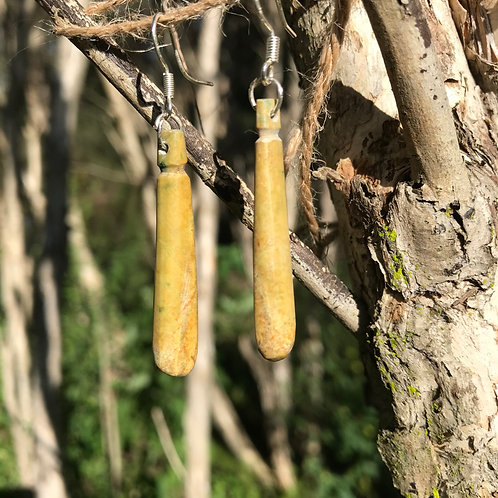 Drop earrings (New Zealand flower jade)