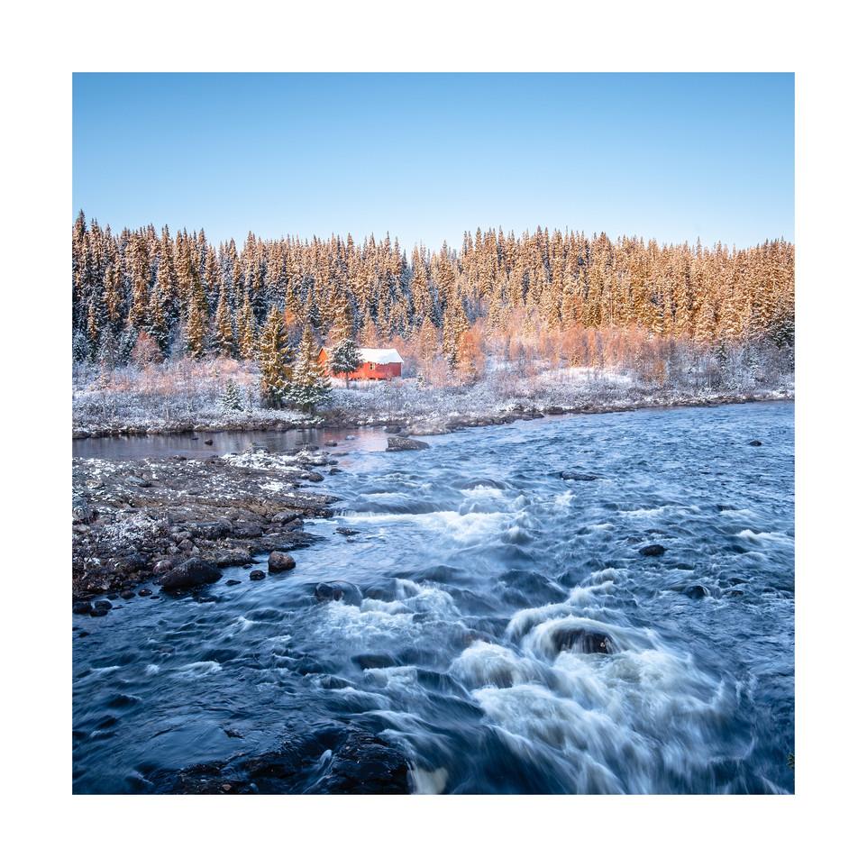 Cabin by frosty creek