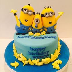 Minion Cakes + Minion baby