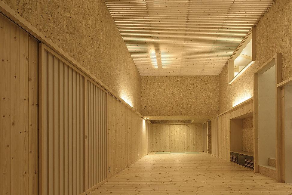 【Ikuya Sasaki】掘立柱の家_13_DSC8102.jpg