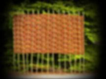 Samostatně stojící proutěné ploty jsou ideální všude tam, kde nemáte žádnou oporu, na kterou by bylo možné instalovat klasický proutěný plot. Tyto ploty mohou stát v prostoru samostatně a vytvoří tak soukromí i tam, kde to až dosud nebylo možné...