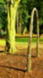 Vrbový oblouk z živé vrby v polovině června