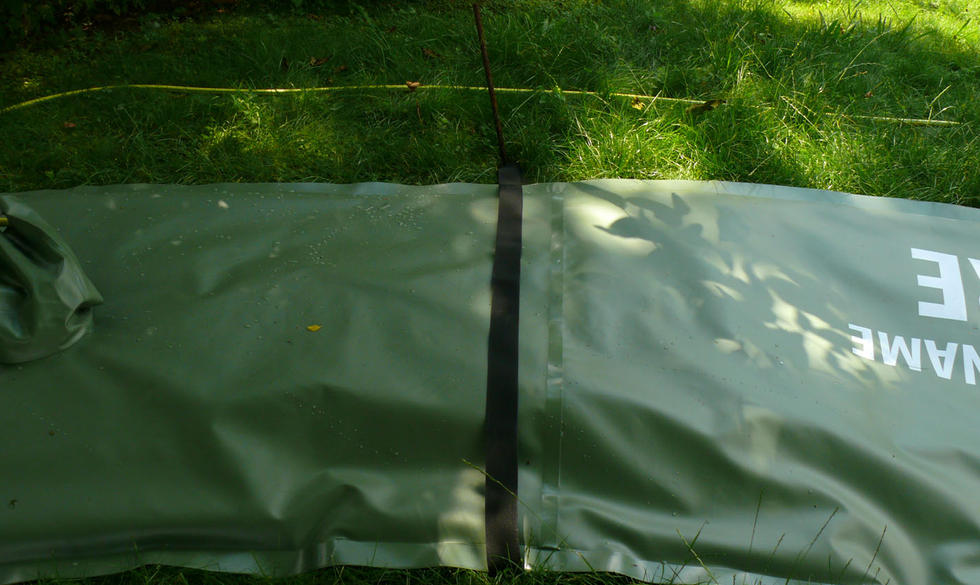 Anchoring TREEIB® irrigation bags, on inclines.