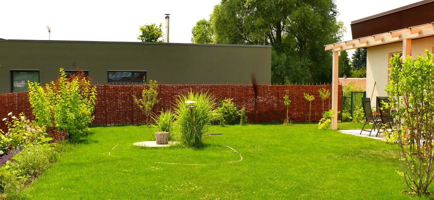 Velkoformátový proutěný plot