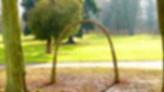 Svatební oblouk z živé vrby může být konkurenční výhodou pro hotel nebo zámek