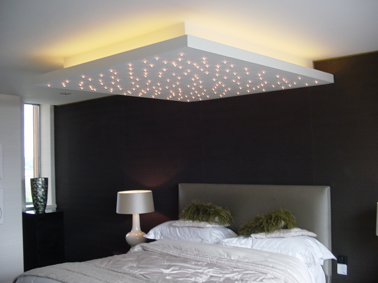 Plafond avec LEDs